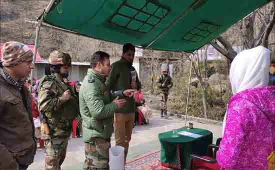 Completion-of-computer-training-being-given-in-Mandi-by-the-Poonch-Army