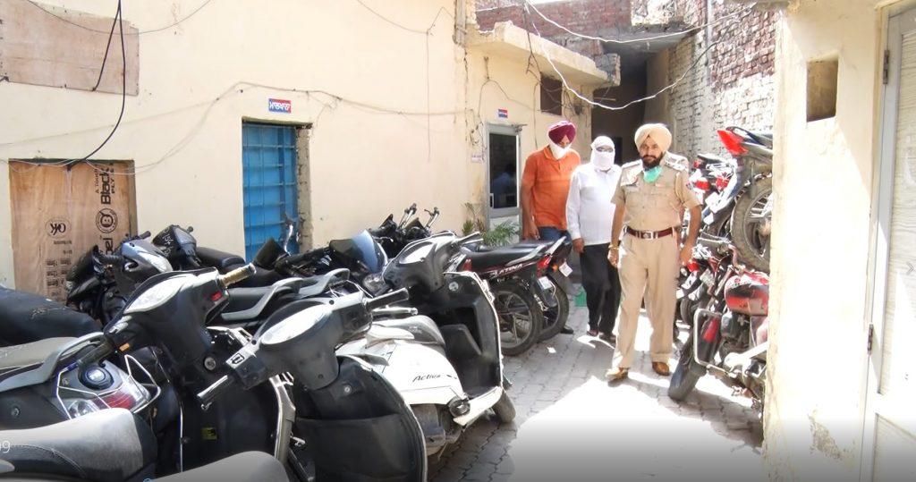 अमृतसर पुलिस के द्वारा नकली ए.डी.जी.पी को किया गया गिरफ्तार पहले से ही इस आरोपी के खिलाफ 20 के करीब है मामले दर्ज