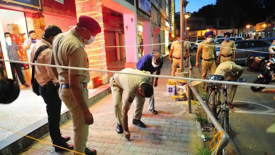Firing at Liquor Shop in Sector 9 Chandigarh on Tuesday Evening