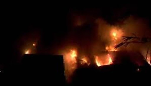 Massive fire breaks out in slum area of Teur village in Kharar