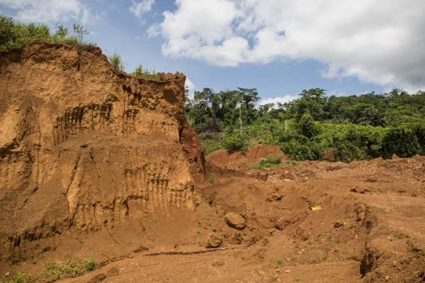 Ilegal mining