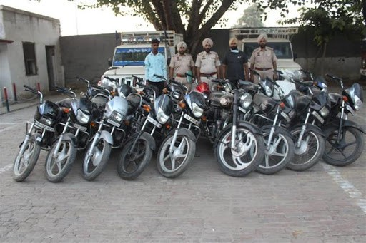 PUNJAB POLICE CRACKS SEVERAL CASES OF VEHICLE THEFTS BY ARRESTING INTER-STATE GANG OF THIEVES