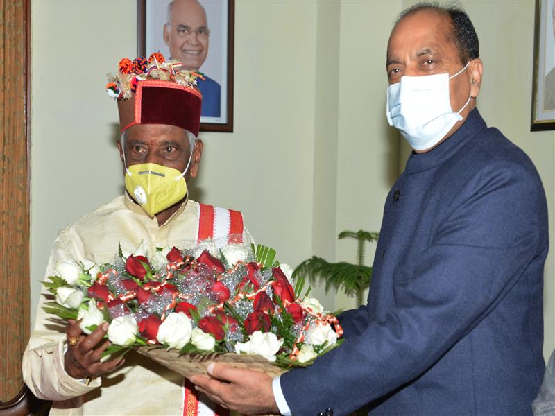 Chief Minister greets Governor on New Year