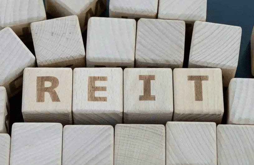 Amendments for enabling FPIs to subscribe to listed debt securities of REITs and InvITs