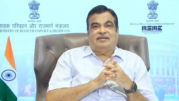 Gadkari says deaths due to road accident deaths are becoming an alarming situation