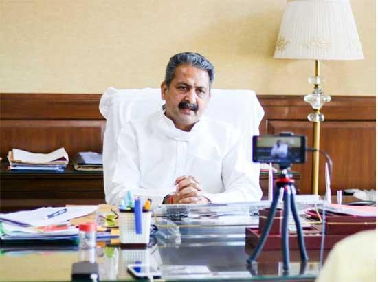 Punjab school education minister Mr. Vijay Inder Singla, on Thursday, said that apart from converting government schools into smart schools, the state government has now decided to provide