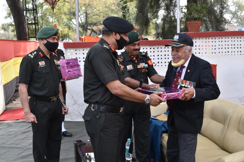Swarnim Vijay Varsh Celebrations at Ahmednagar: 1971 War Veterans and Veer Nari Felecitated