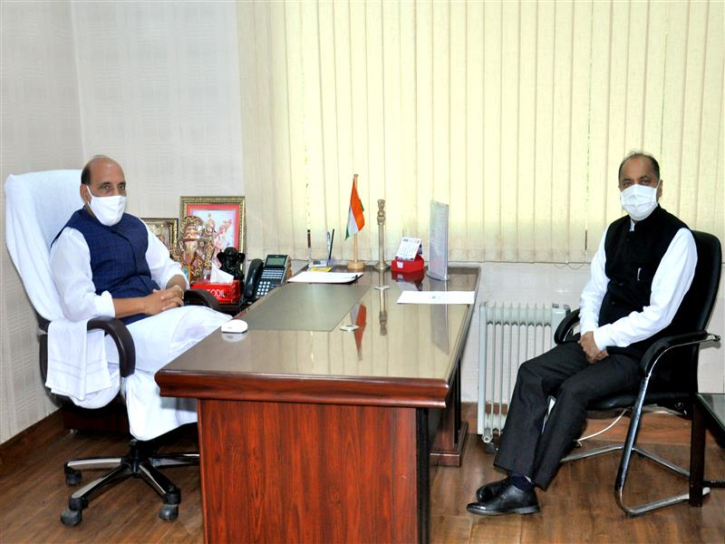 Chief Minister Calls on Union Defence Minister at Delhi