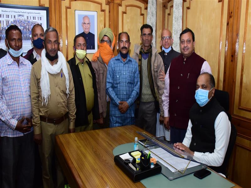 Deputation of Panchayat Chowkidars calls on Chief Minister