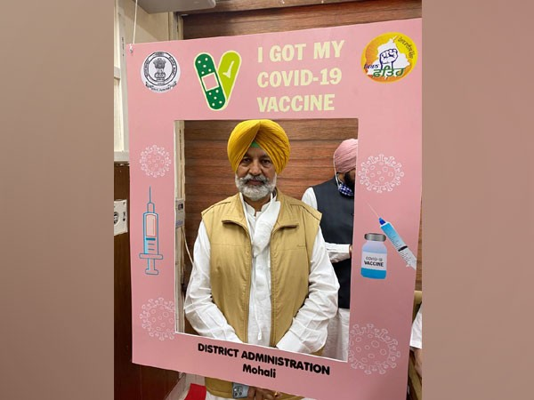 Health Minister Balbir Singh Sidhu gets jab of Covid vaccine