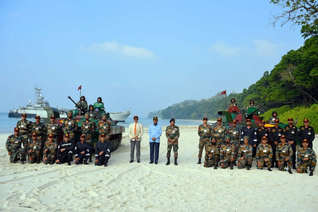 President witnesses spectacular operational demonstration by Andaman And Nicobar Command at Swaraj Dweep