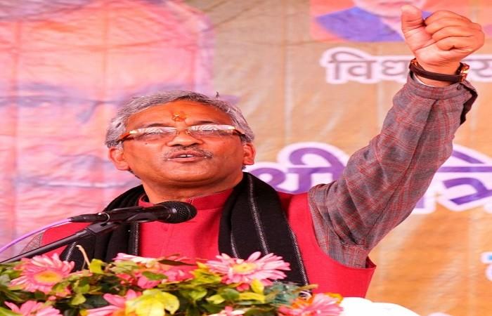 mukhyamantree shree trivendr sinh raavat ne kiya dvaaraahaat mein janasabha ko sambodhit