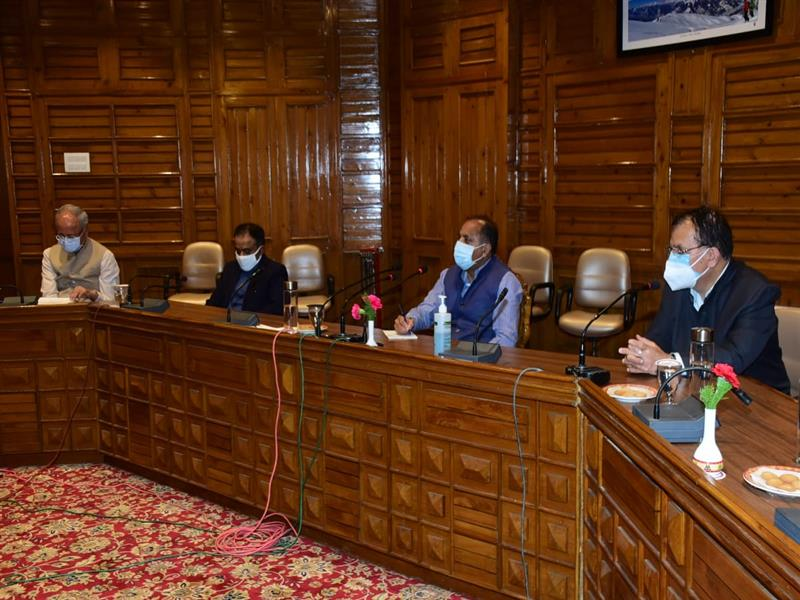 CM directs committees to work with greater zeal to curb Covid-19 in State