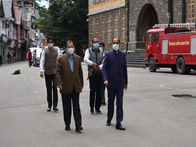 Chief Minister Jai Ram Thakur today visited The Mall Shimla to have a first hand information regarding proper implementation of corona curfew imposed in the State in the wake