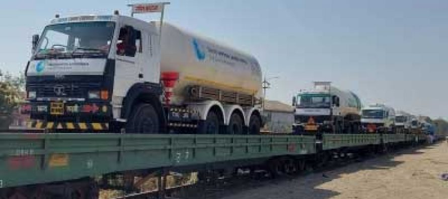 Delhi receives its 2nd Oxygen Express with 120 MT Liquid Oxygen