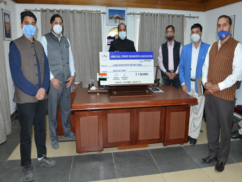 Chief Minister Jai Ram Thakur was presented a cheque of Rs. one lakh byEr. Lokesh ThakurPresident H.P. Power Engineers Association towards Chief Minister Relief Fund, here today on behalf of the Association.