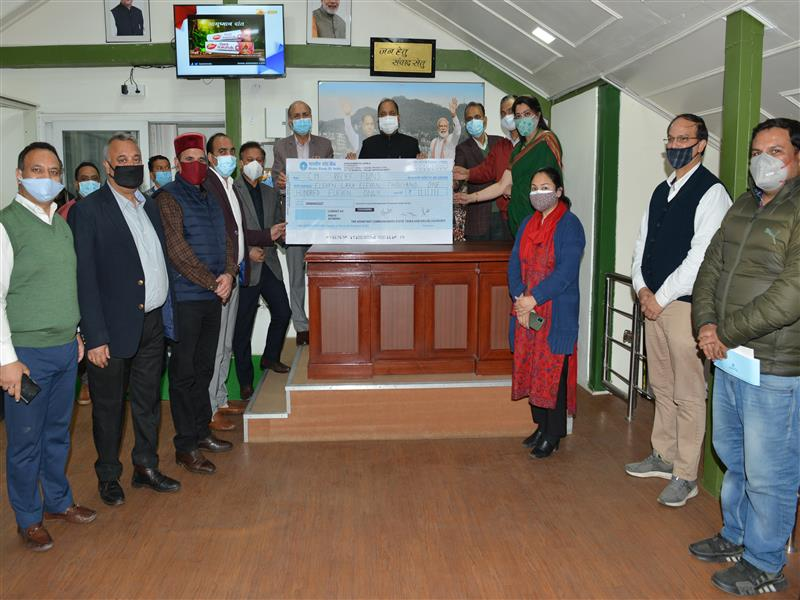 Chief Minister Jai Ram Thakur was presented a cheque of Rs. 11,11,111 by  the officers of Excise and Taxation Department  including Assistant  Commissioners Association here yesterday  towards