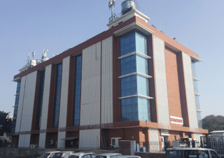 mohali administration issued notice to mayo hospital