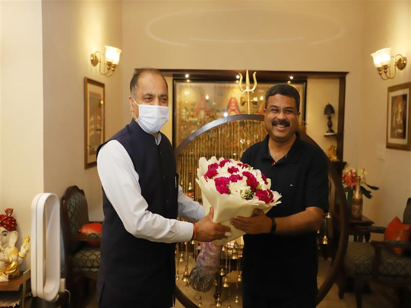 Chief Minister Jai Ram Thakur called on Union Petroleum and Natural Gas Minister Dharmendra Pradhan at New Delhi today.