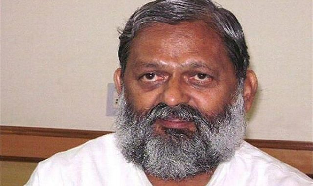अनिल विज ने अपने विभाग के अधिकारियों को राजनीति का गंदा खेल न खेलने की दी चेतावनी।