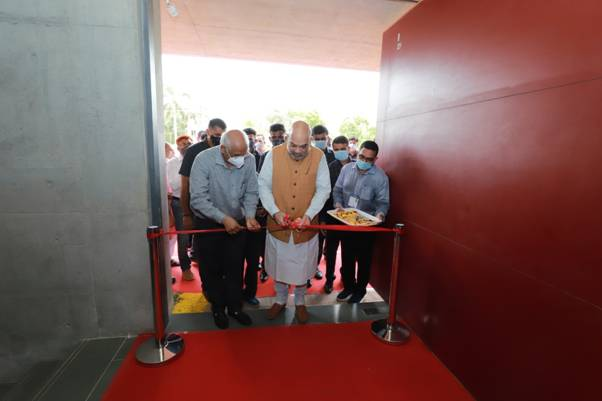 Inauguration of Civic Centre, newly constructed reading room at Bopal, Ahmedabad along with inauguration of AUDA'sRs. 374 crore