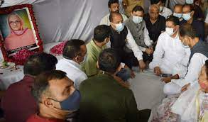 CM expresses condolences on the death of mother of MLA Arun Kumar